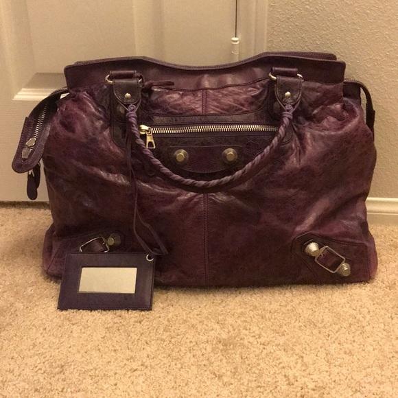 Balenciaga Weekender Xl Bag In Violet